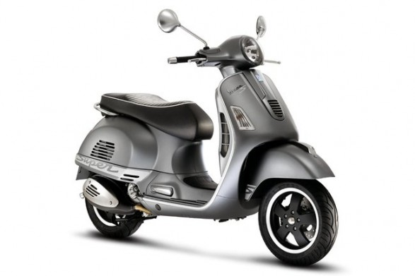 vespa gts 300 super sport reviews. Black Bedroom Furniture Sets. Home Design Ideas